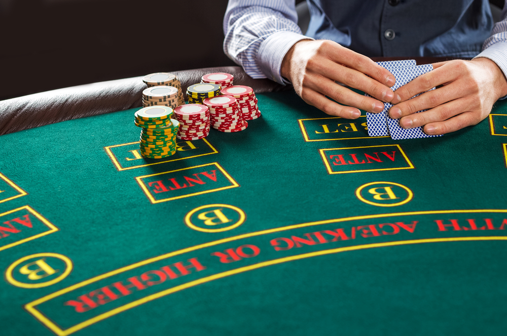 Poker Strategy Basics: Learn about outs and pot odds