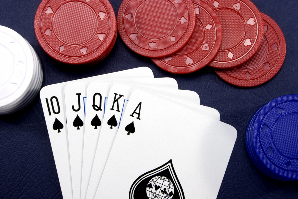 How to Play Five Card Draw Poker and Some Tips to Help You up Your Game